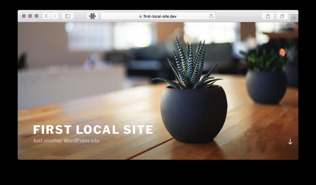 ローカル環境にある最初の状態のサイト。ドメインが https://first-local-site.dev になっている。